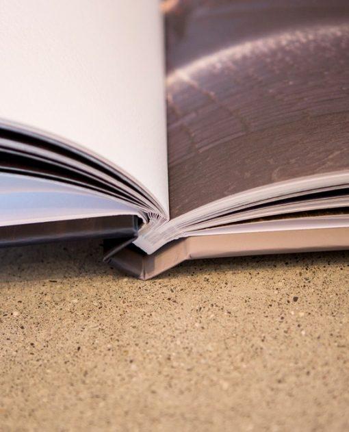 Avenue Book