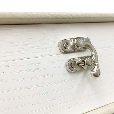 Ashwood White with Silver Clasp